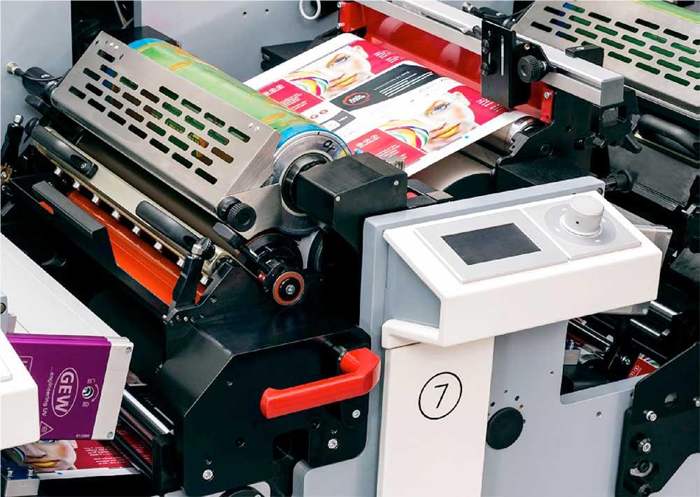Echipament de tipar flexo EF 430 produs de MPS