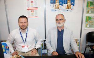 Simon Istvan, Director de Marketing și Vancsa Jeno, Administrator, Reproflex