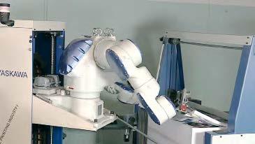Braț robotizat de la Yaskawa Levanto pentru manipularea colilor printate