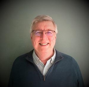 Jean Poncet, redactor-șef al publicațiilor Etiq & Pack, S&E, Pap'Argus și Liquides & Conditionnement